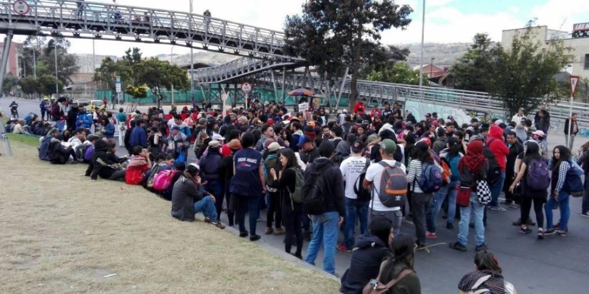 Con pancartas y arengas los ciudadanos manifestaron su apoyo al  'Paro Desde el Sur'