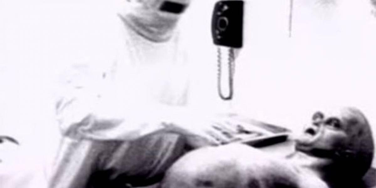 Fin del misterio: productor revela la verdad detrás del mítico video de la autopsia a extraterrestre de Roswell