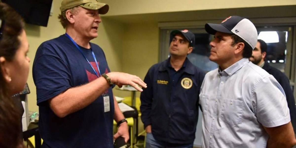 Leyenda del béisbol llega a P.R. para ayudar a damnificados