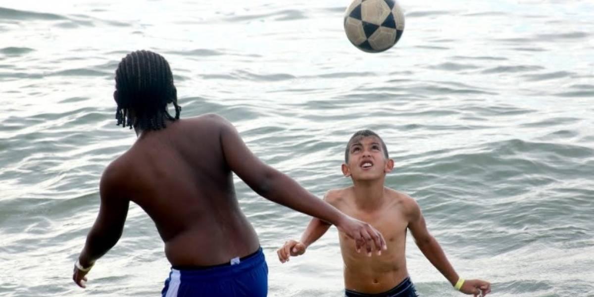 Niños de la comuna 13 cumplieron uno de sus grandes sueños gracias al fútbol