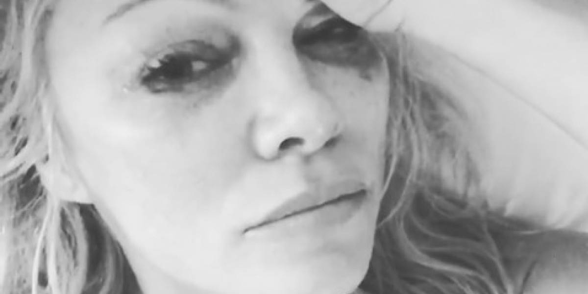 La conejita más famosa de Playboy está desolada: El llanto de Pamela Anderson por la muerte de Hugh Hefner