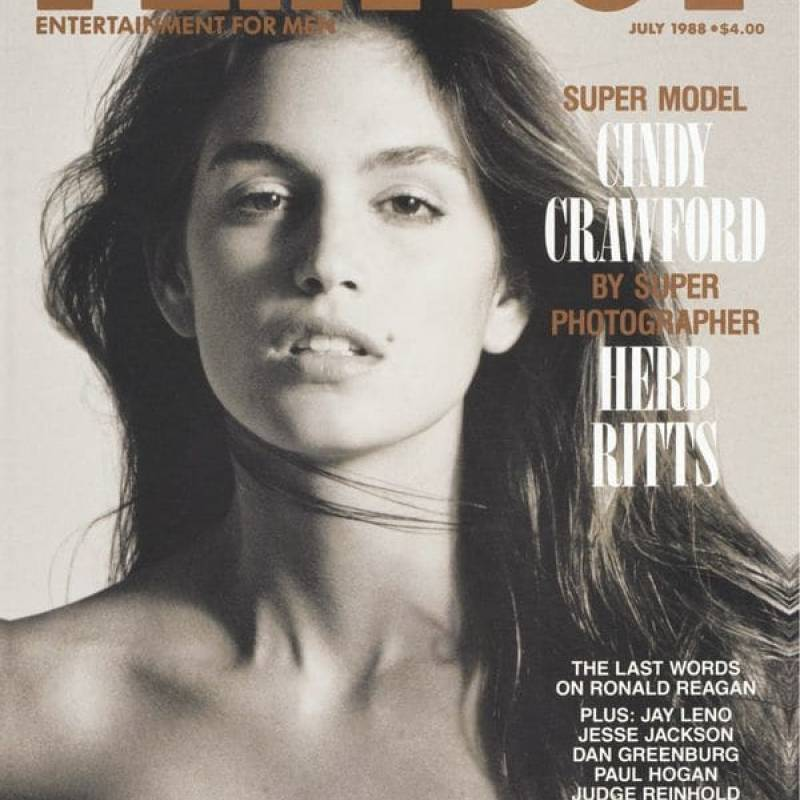 Hefner sabía cómo era el zeitgeist. Las supermodelos imperaron en los 90. También puso a Cindy Crawford.