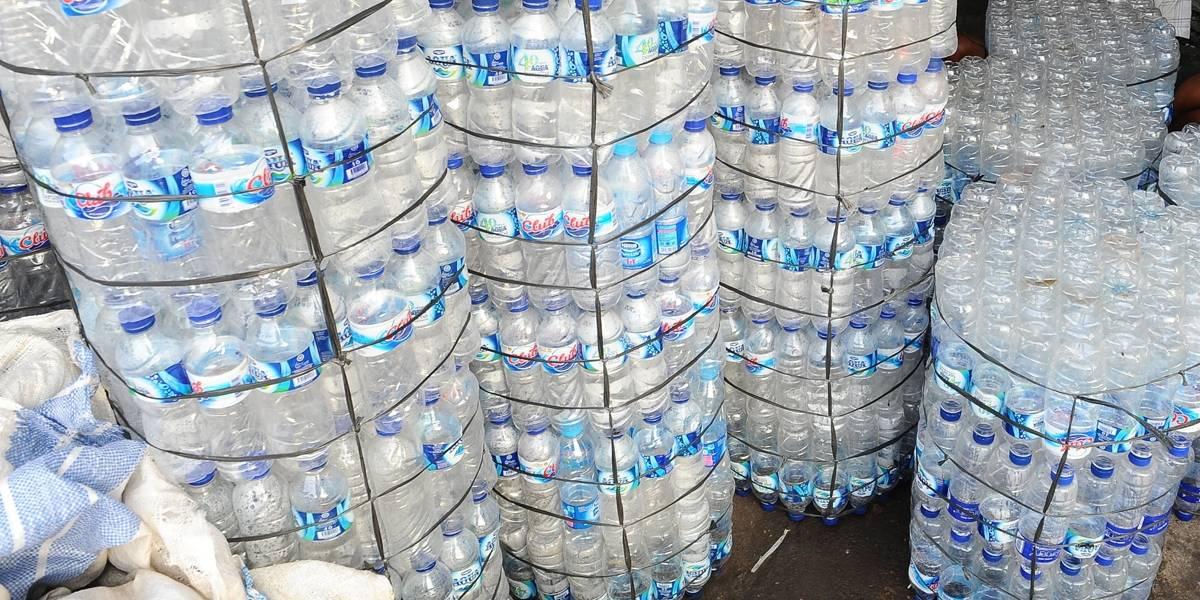Testes apontam fungos e bactérias em garrafas de água