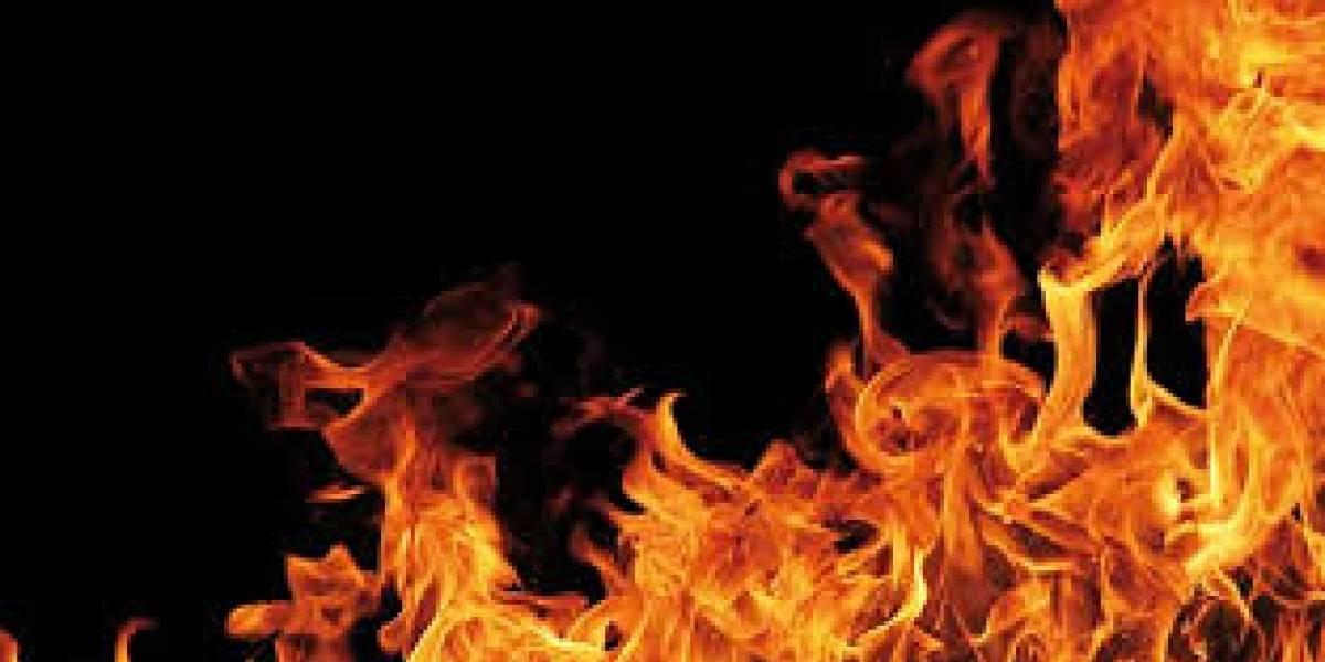 Tres empleados con quemaduras tras explosión en Corozal