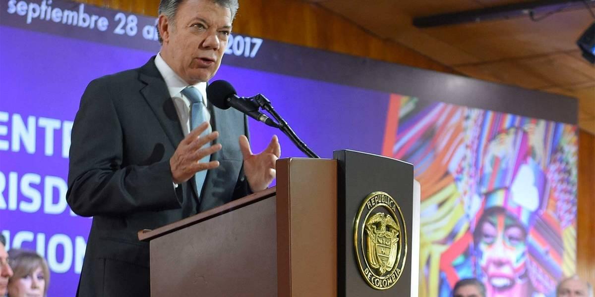 Santos lamentó hostigamiento de policías en Tumaco
