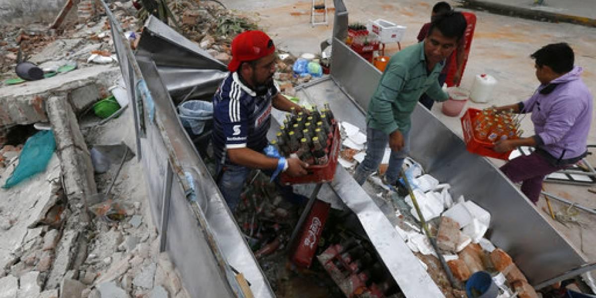 Suben a 355 fallecidos por sismo en México
