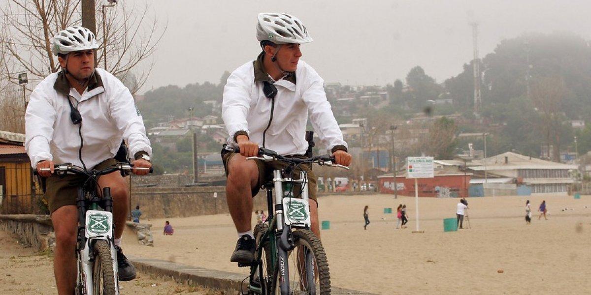 """Este es el anuncio """"kitch"""" con el que Carabineros invita a los ciclistas a usar casco"""