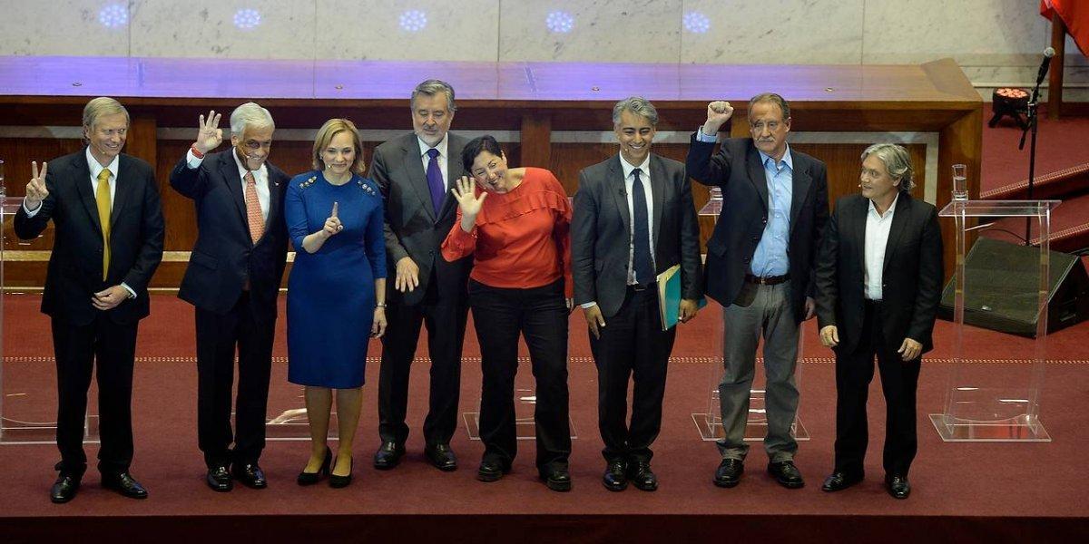 """Debate presidencial consiguió menos puntos de rating que la mítica """"Santiago City"""": ¿Es fome la política?"""