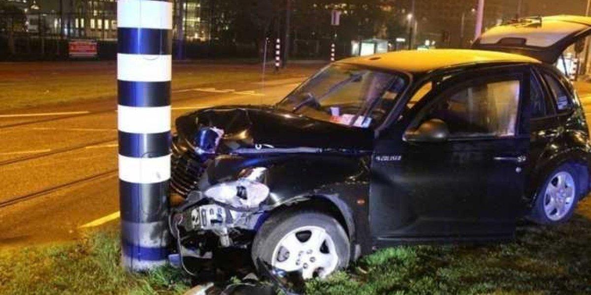 """Kun Agüero se salvó de milagro: """"El taxista no vio la curva, patinó y nos dimos con el poste"""""""