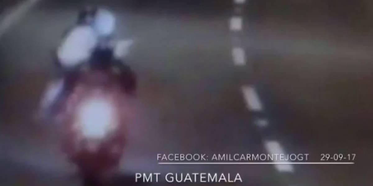 Los atropellan mientras intentaban asaltar a otro motorista desplazándose en una vía rápida