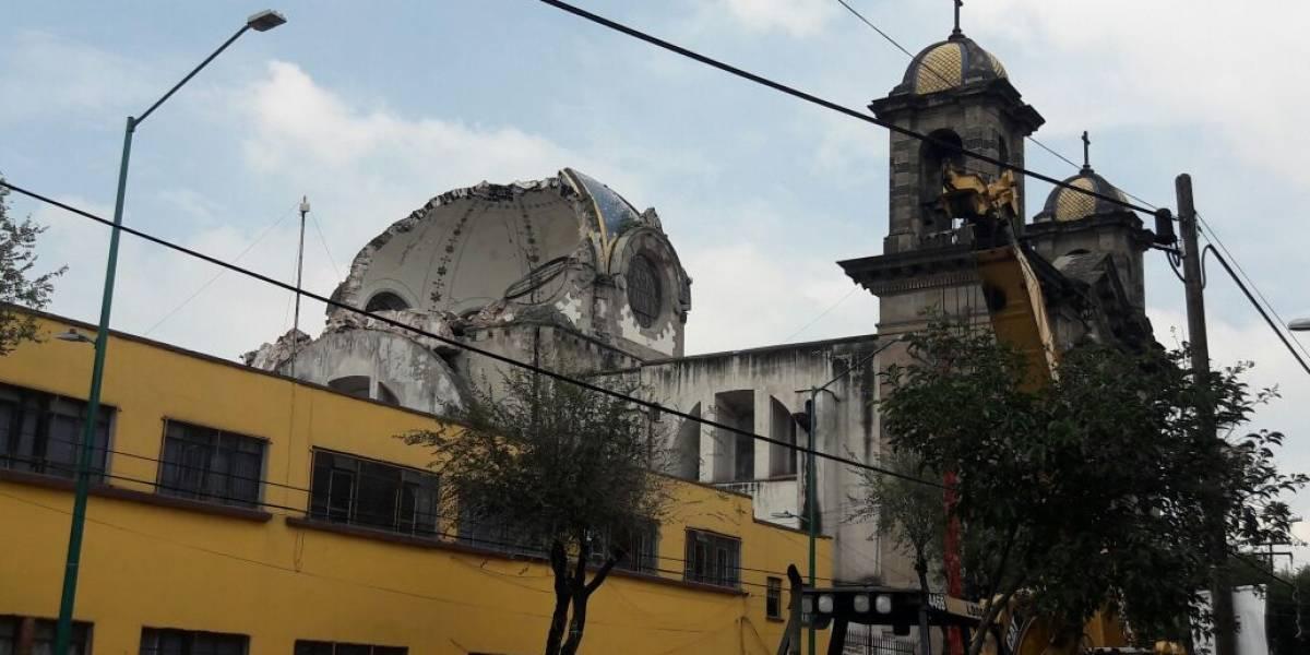 Terremoto destruye más de dos siglos de historia en 100 iglesias