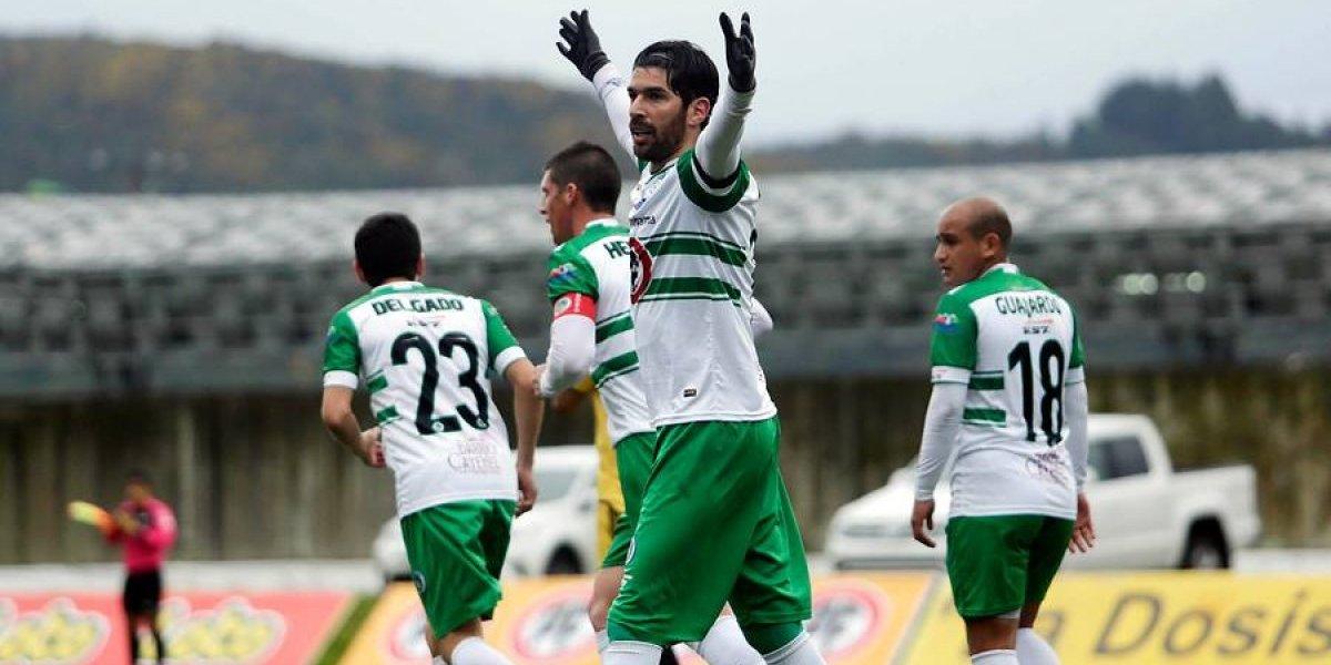 Sebastián Abreu sigue pagando su traspaso a Puerto Montt con goles
