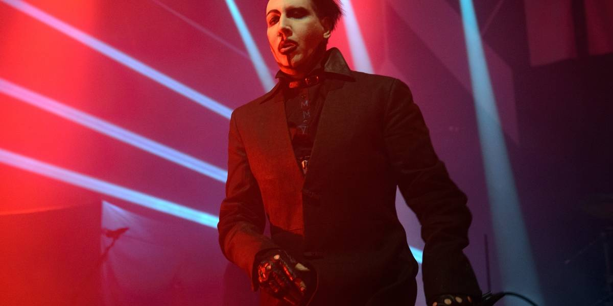 Marilyn Manson sufrió duro accidente en vivo