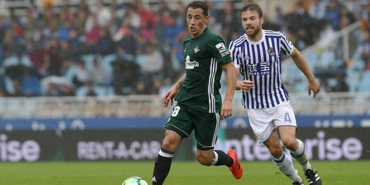 Andrés Guardado se luce en duelo entre Real Sociedad y Betis