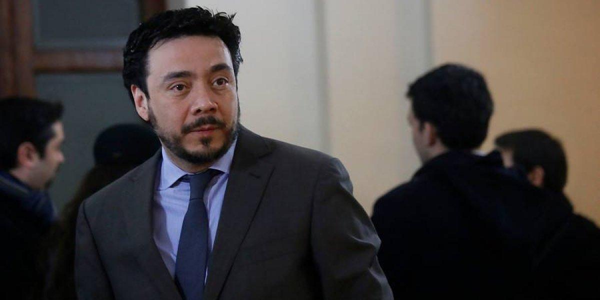 Fiscal Emiliano Arias formalizará a yerno de Lavin en caso Caval