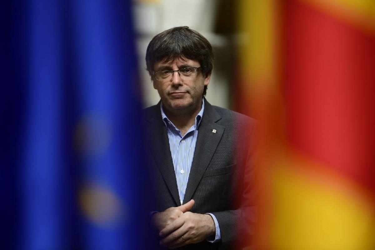 TC suspende sesión en Parlamento catalán donde se declarará independencia — España
