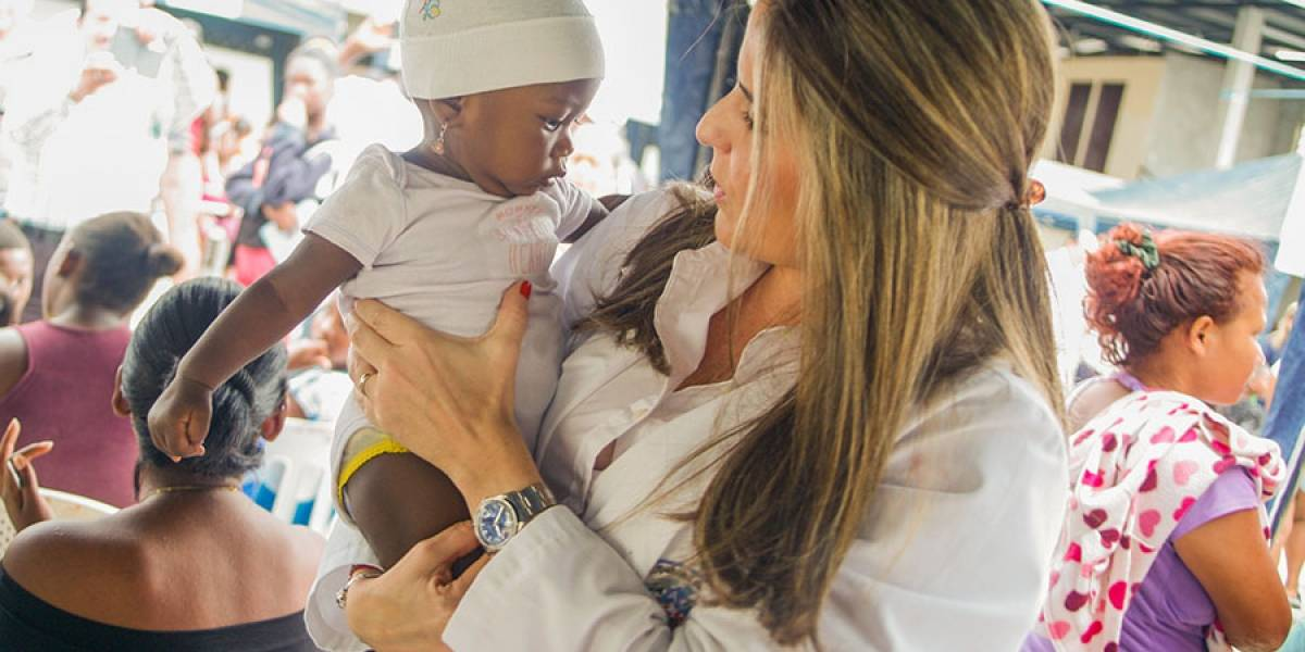 Atención y medicina gratis llegó a la Isla Trinitaria