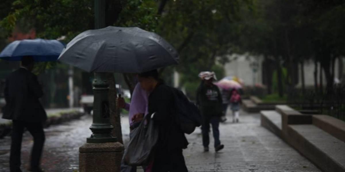 Lluvia seguirá debido a un sistema de baja presión