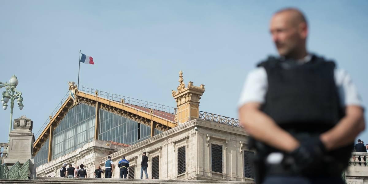Francia: Dos muertos en un ataque con cuchillo en la principal estación de trenes de Marsella