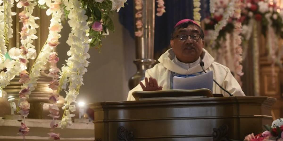 Descartan estado agónico de arzobispo Óscar Julio Vian y otros rumores