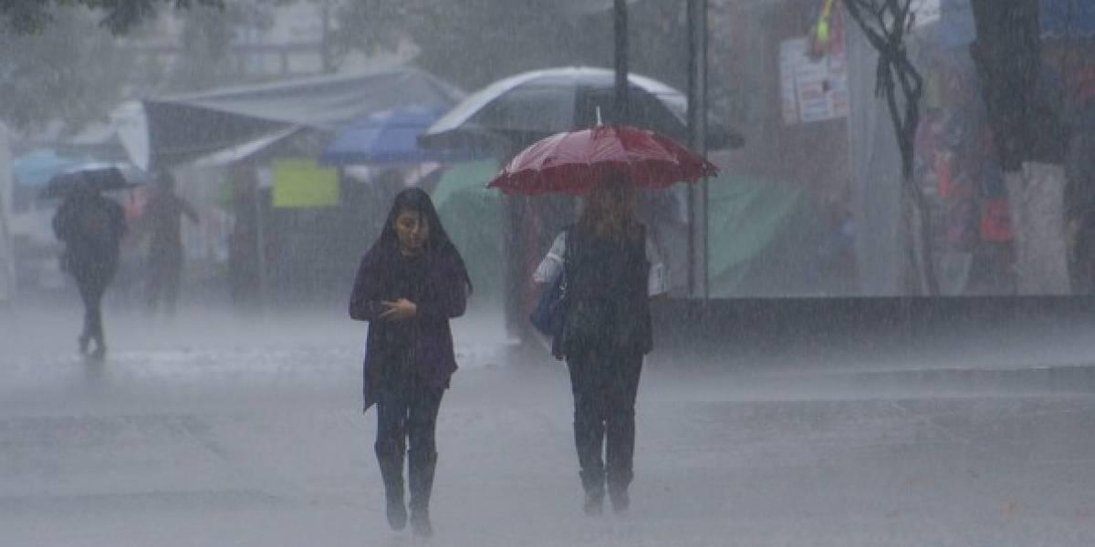 Se registran lluvias en seis delegaciones de la capital