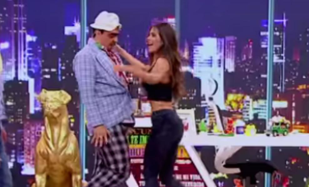 Greeicy Rendón le baila sensual a 'Suso' y el público enloquece