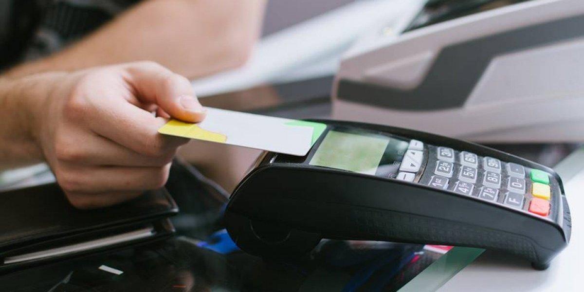 Cómo utilizar el nuevo sistema de tarjetas de débito y crédito sin contacto de Banco Industrial