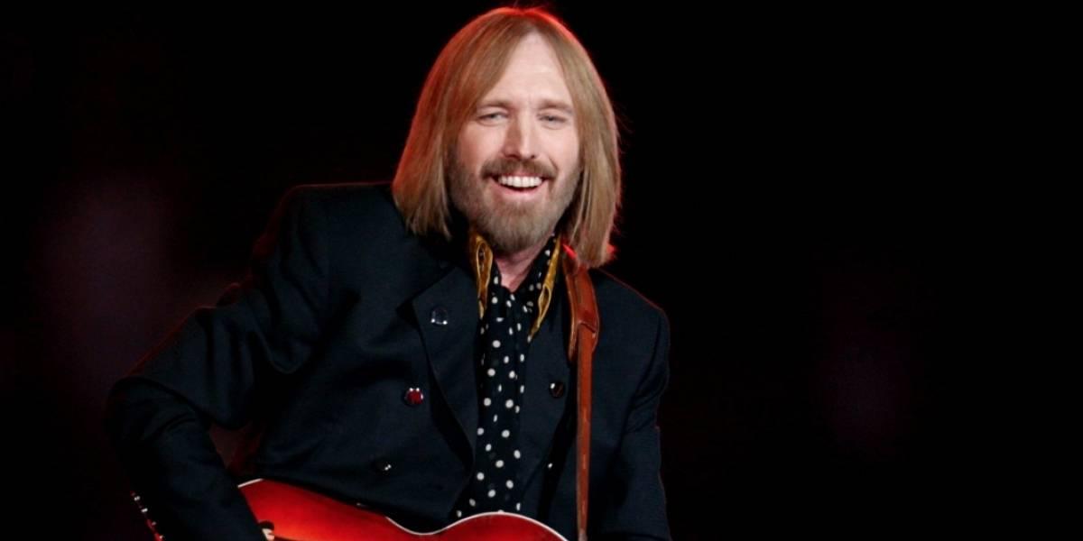 ¡Tom Petty sigue aferrándose a la vida!