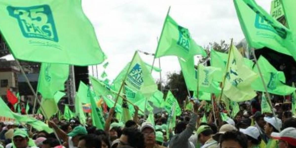 Asambleístas de Alianza PAIS se dividen en dos sub bloques