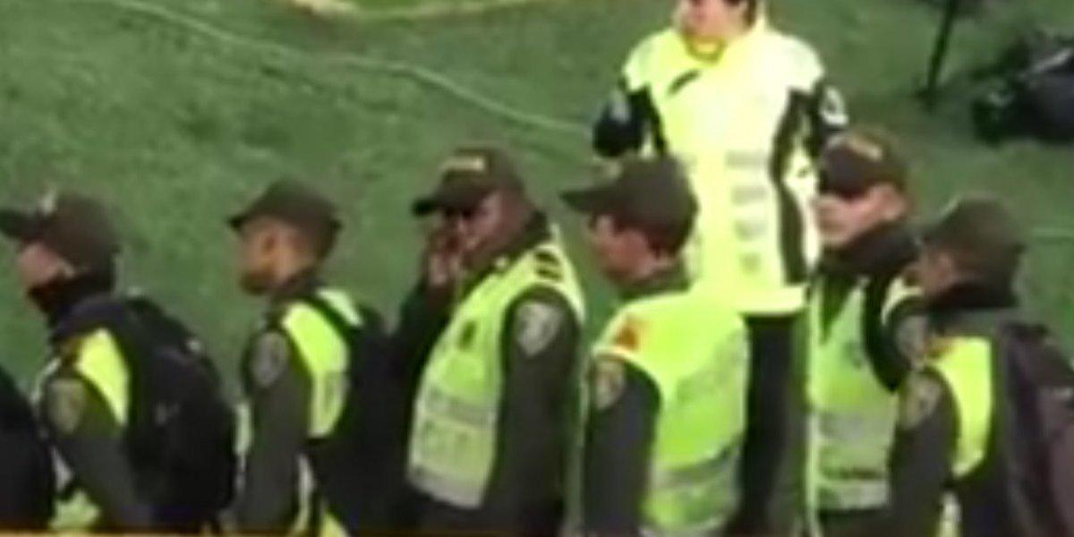 Video: Auxiliares de Policía insultan hinchas de Millonarios en el Campín
