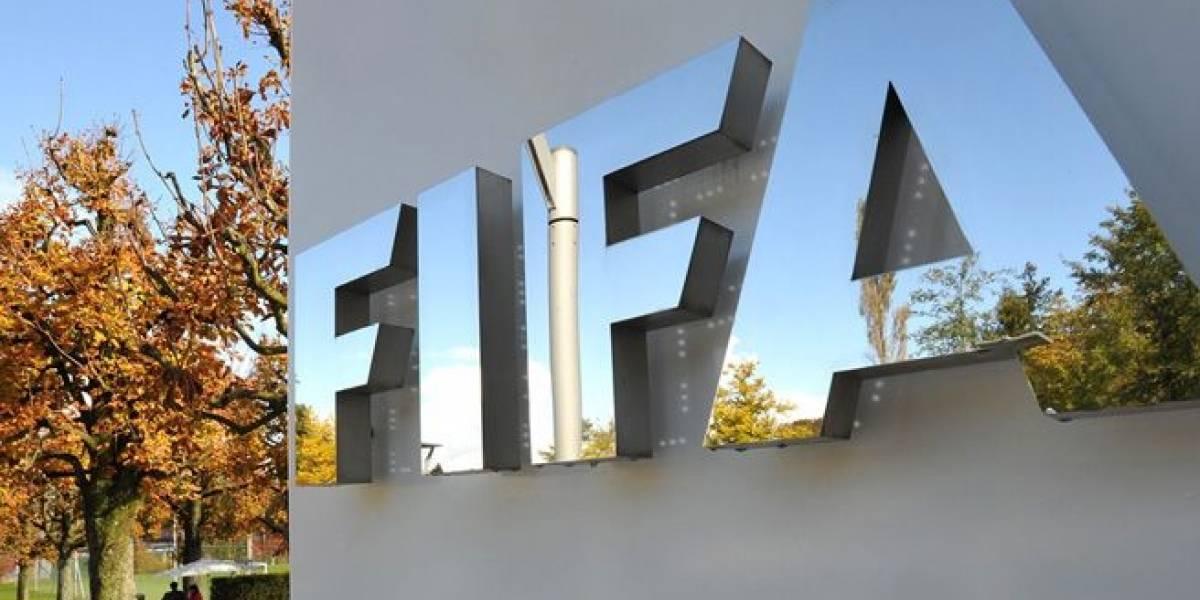 FIFA sancionó a Ecuador con USD 20 593 por barras homofóbicas