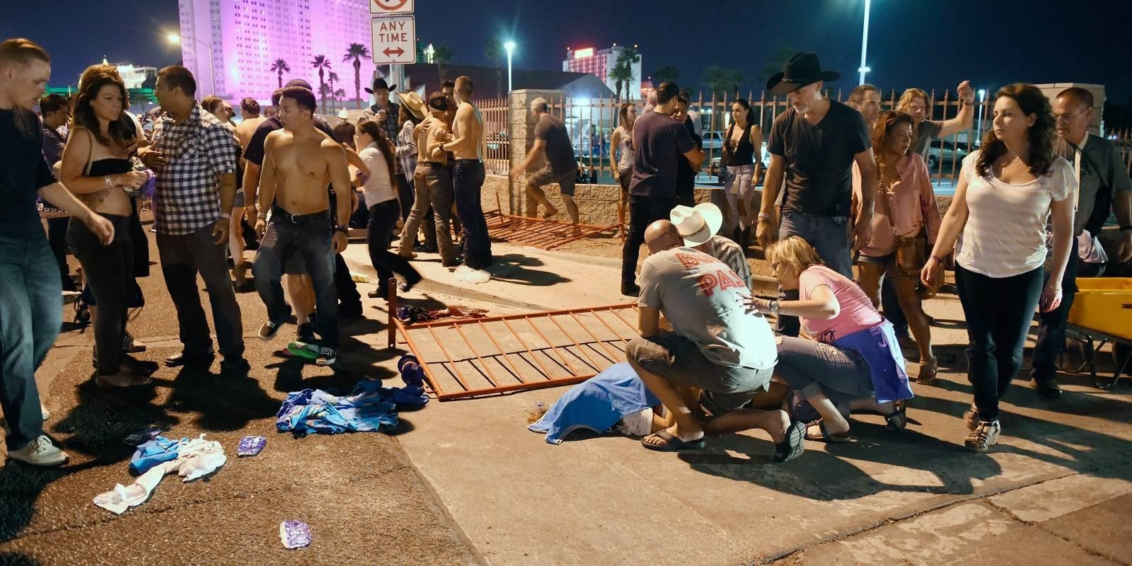 Al menos 50 personas murieron y 200 resultaron heridas por un tiroteo ocurrido durante la noche del domingo en Las Vegas, Nevada.