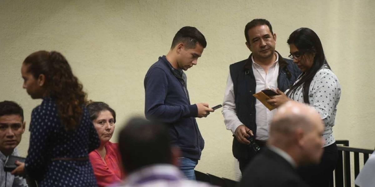 Fiscalía y la CICIG se oponen a que los Morales viajen a la provincia