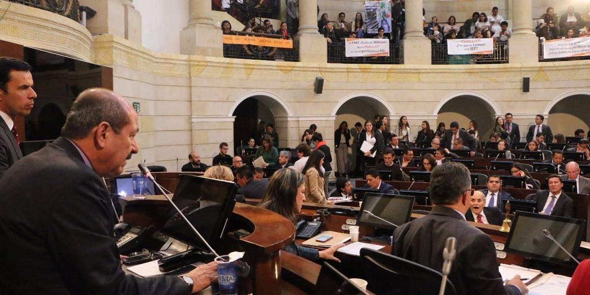 Senado rechaza orden de juez sobre circunscripciones de paz