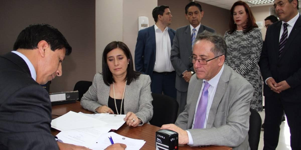 Gobierno entrega preguntas para Consulta Popular a la Corte Constitucional