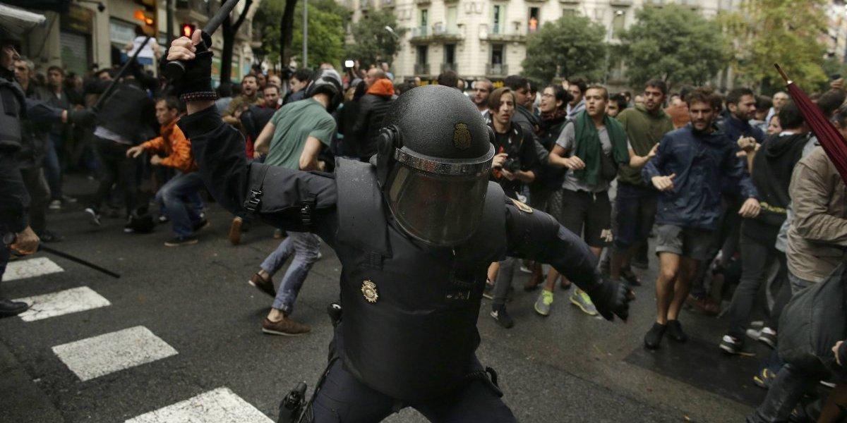 Convocan a paros en Cataluña como protesta por la actuación policial