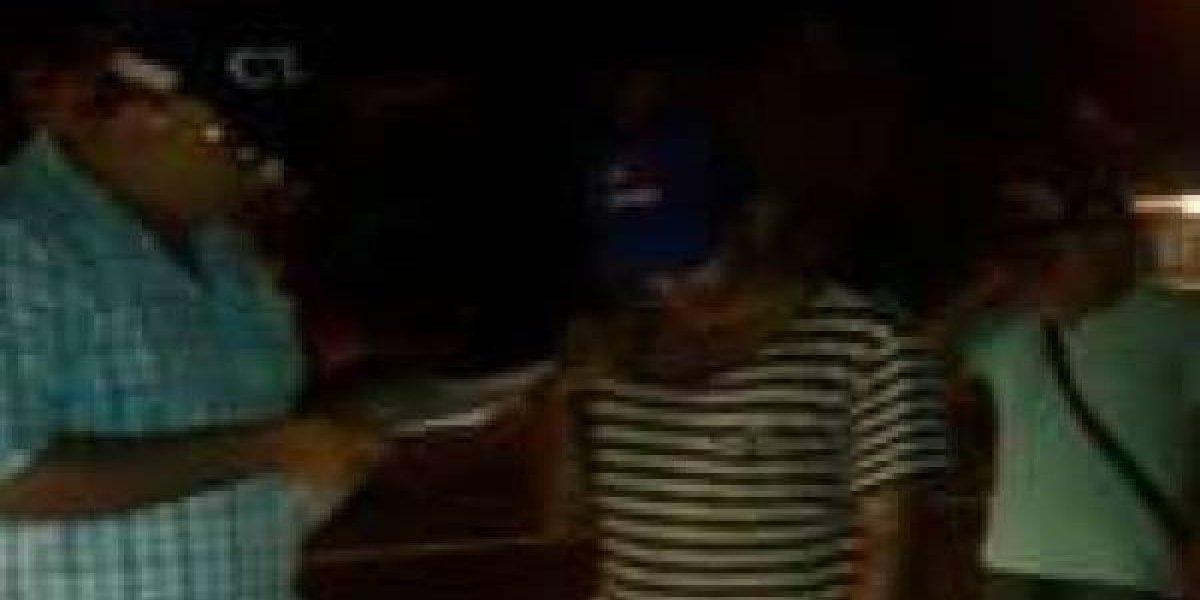 Hombre atacó a su hermana y su sobrina de 12 años con un machete