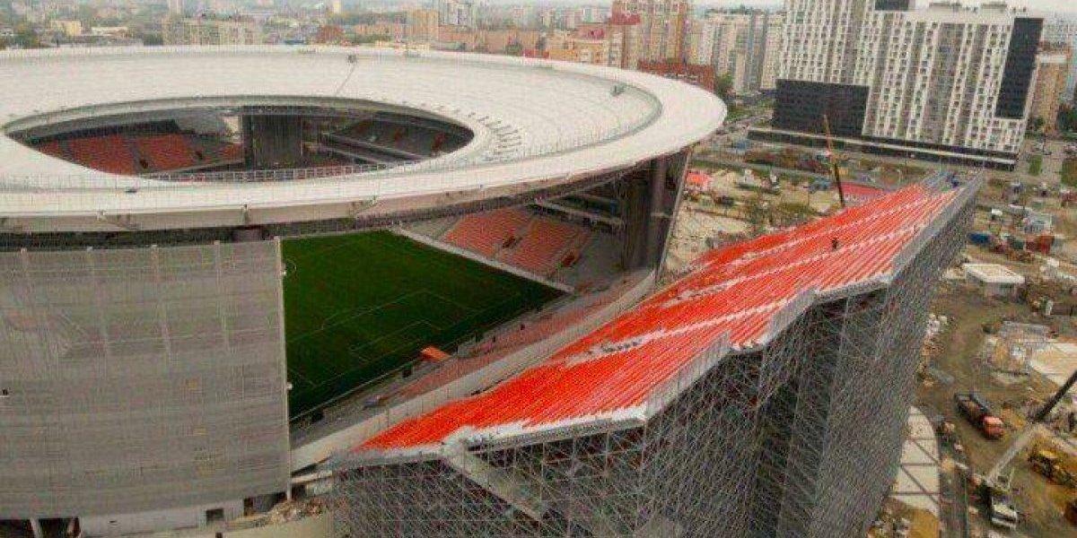 Rusos instalan tribunas temporales en estadio que será sede en el Mundial