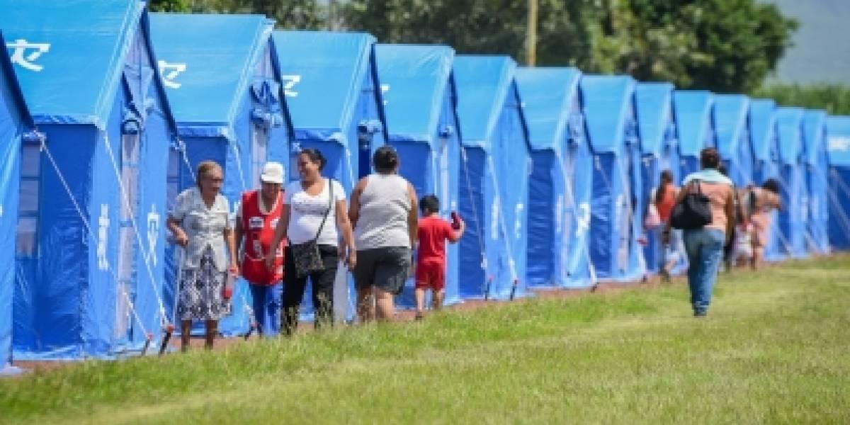 Reubican a 60 familias de Jojutla en casas de campaña donadas por China