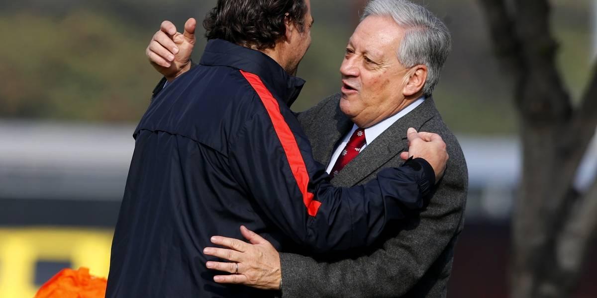 Todos remando juntos: Directivos de la ANFP llegaron a Pinto Durán para apoyar a la Roja