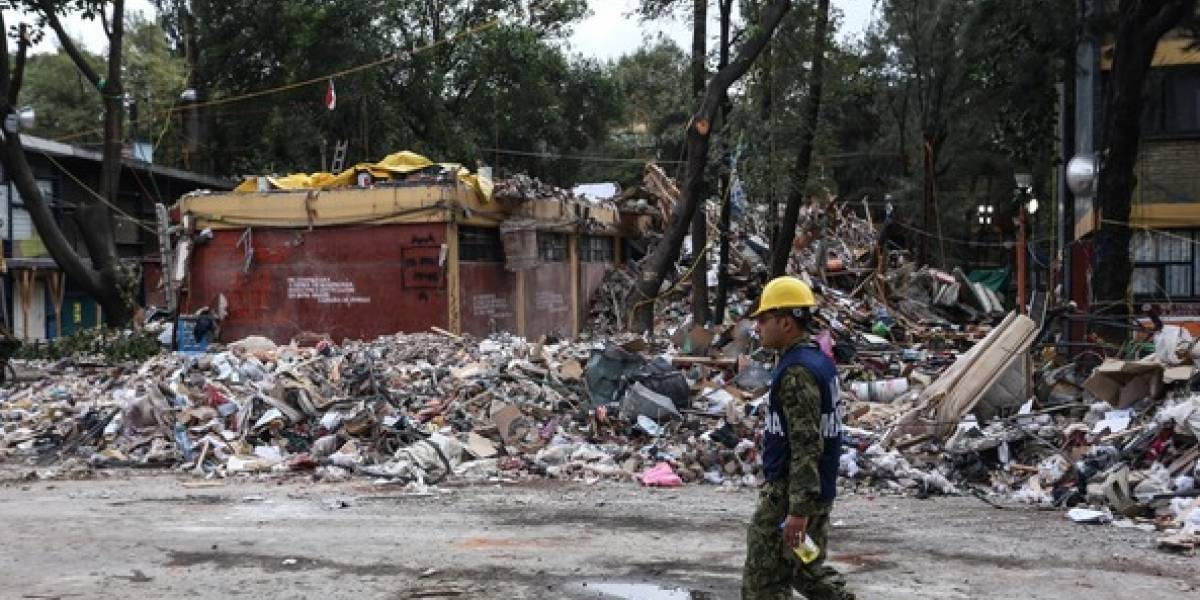 ¿La actuación del Presidente y los gobernadores ante los sismos ha sido adecuada frente a la crisis?