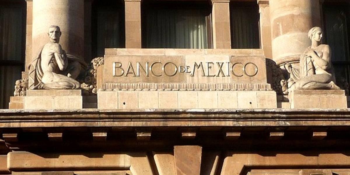 Precios más altos, dólar más caro y crecimiento estable: Encuesta Banxico