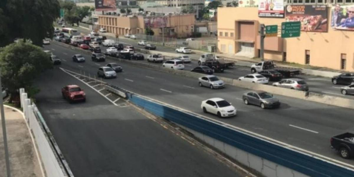 Cierran carreteras de zona metropolitana por llegada de Donald Trump