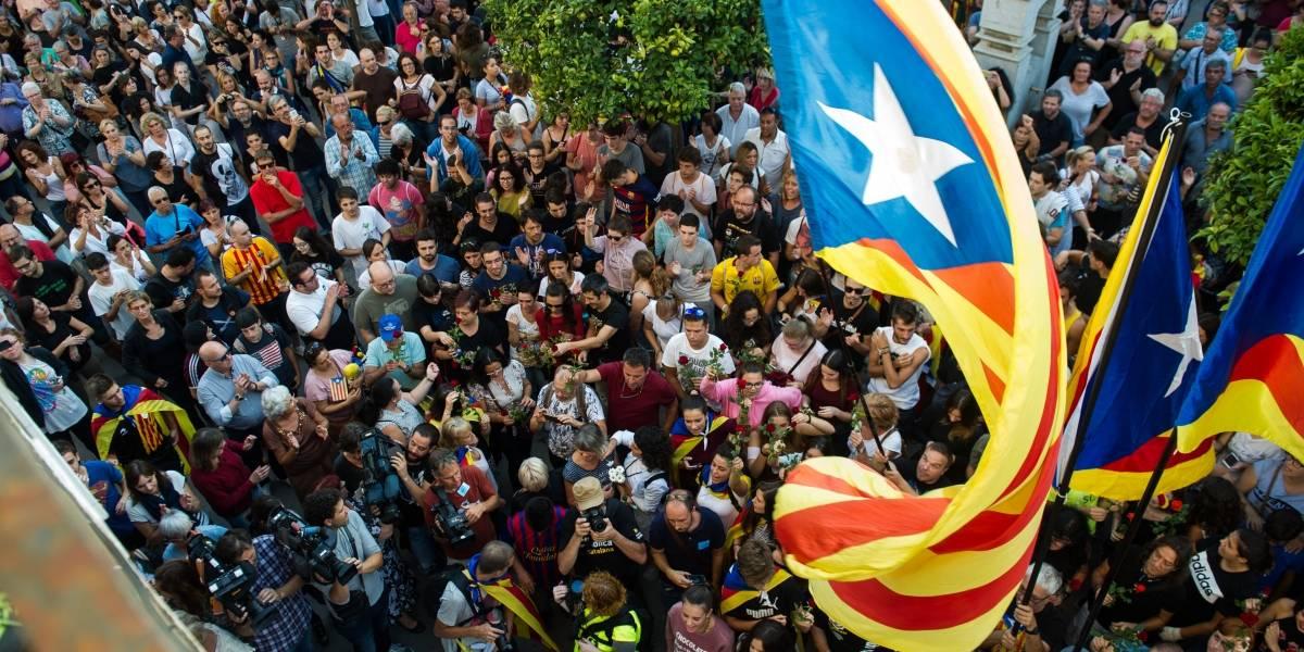 Cataluña tendrá nueva sesión parlamentaria el martes obviando independencia y sanción