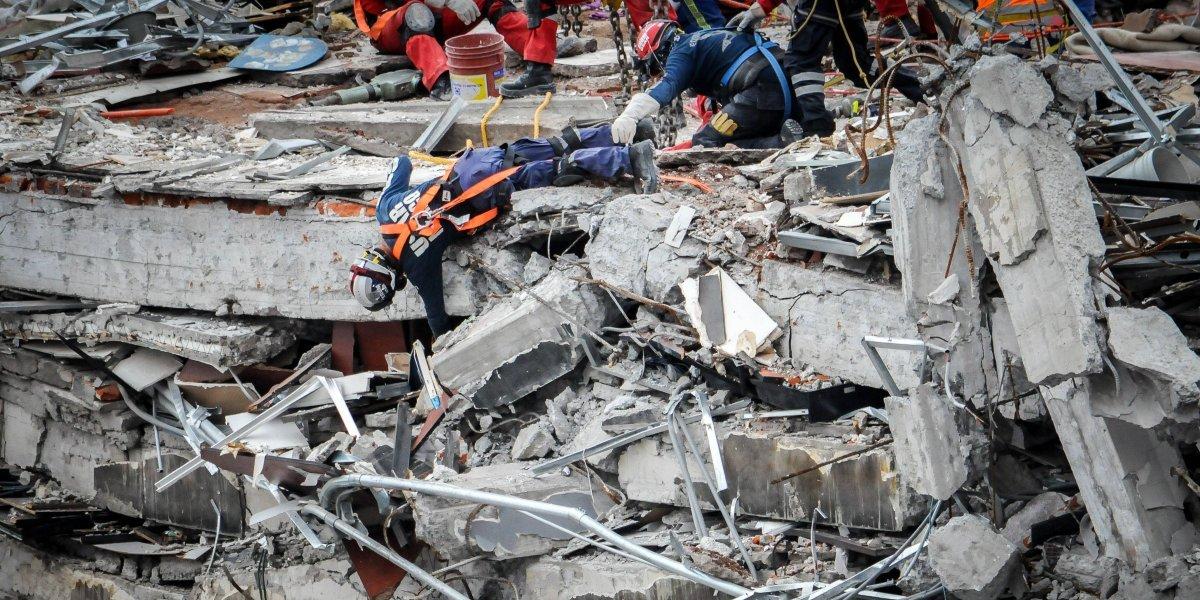 Concluyen las labores de rescate en el edificio de Álvaro Obregón 286