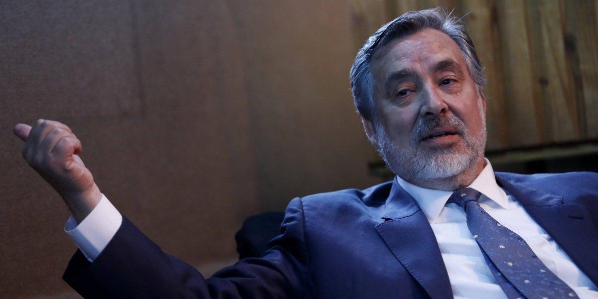 """Chilevisión lamentó ausencia de Guillier en programa político: """"Era una oportunidad para aquellos votantes indecisos"""""""