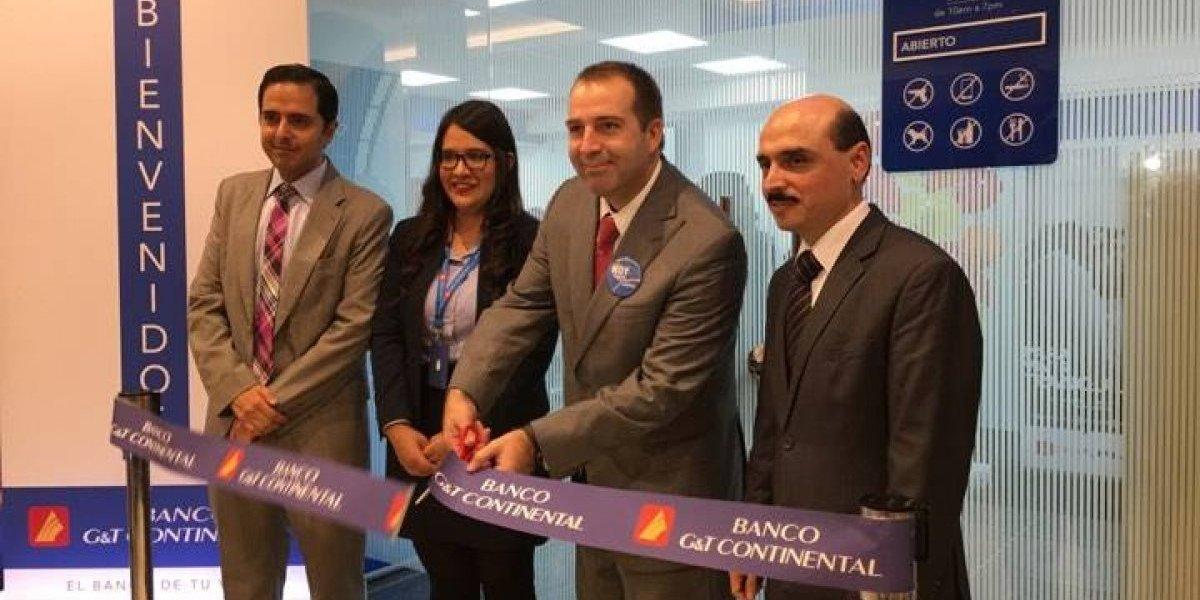 Renuevan agencia de GyT Continental que se inauguró en 1996 en Peri-Roosevelt