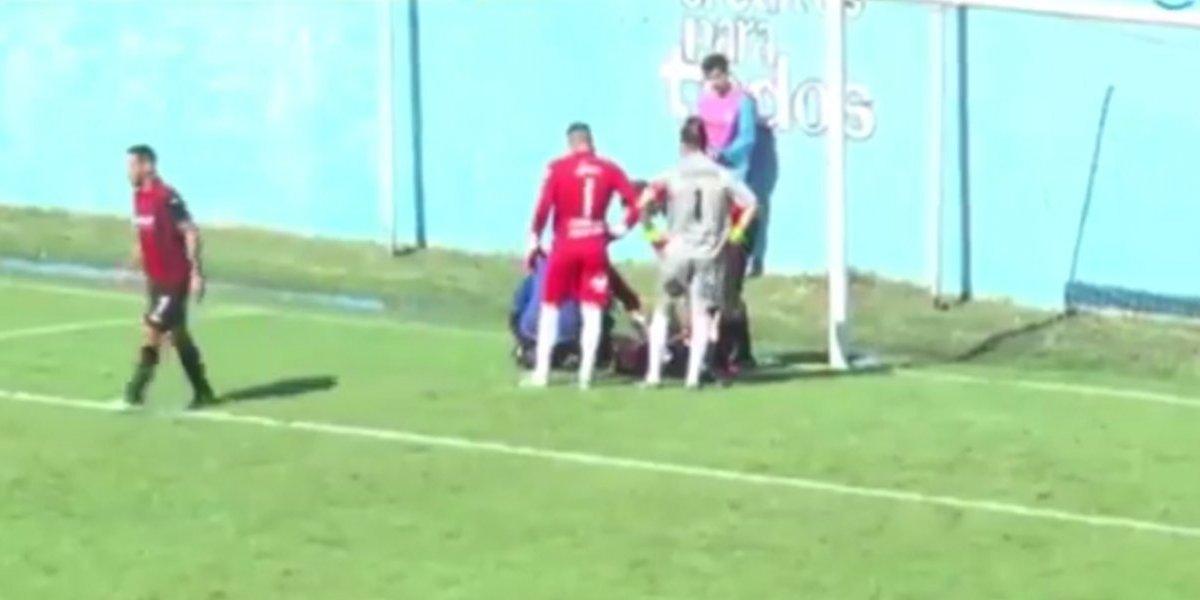 VIDEO: Futbolista sufre espeluznante cortada en la cabeza
