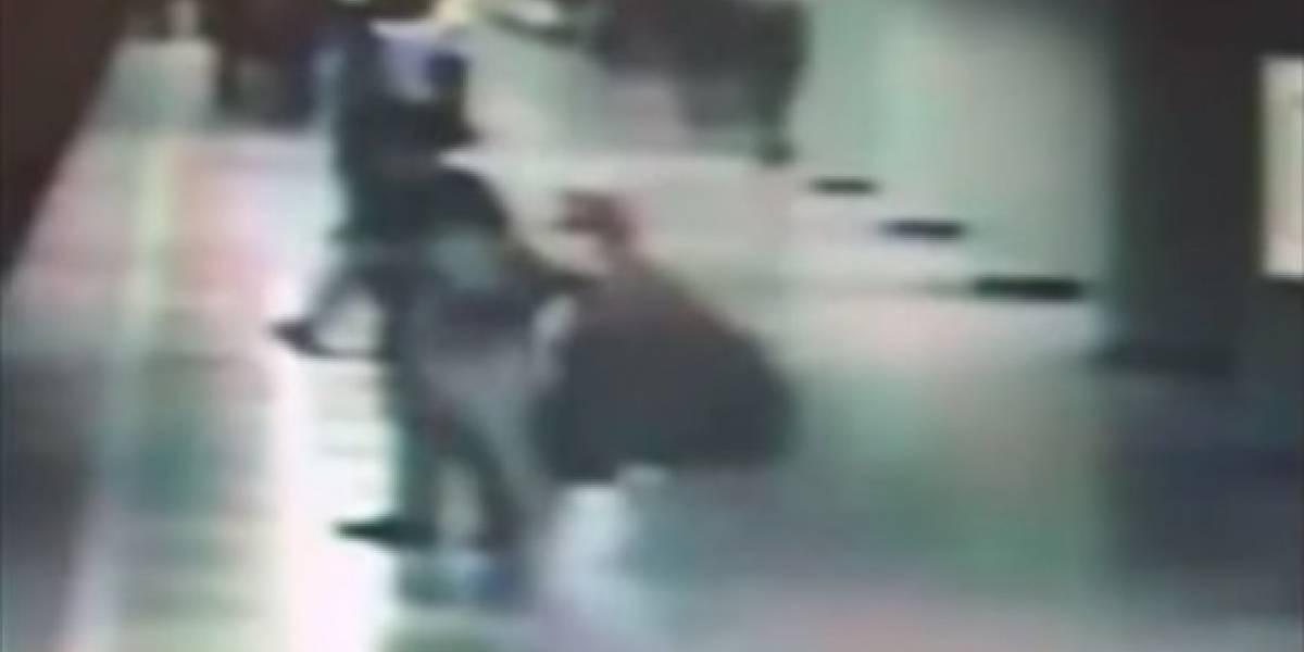 Esquizofrénico empuja a mujer a vías del metro en la Ciudad de México