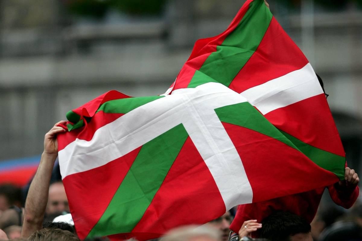 """La """"Ikurriña"""" es la bandera del País Vasco."""